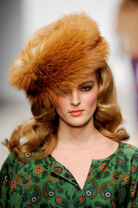 Trend alert: căciulile sezonului in modele extravagante