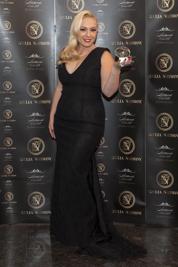 Giulia Nahmany a lansat un parfum şi colecţie de bijuterii- afla pe BlogModele