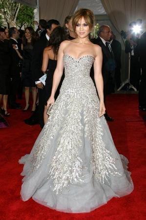 Top 10 cele mai frumoase rochii din ultimul deceniu – pe BlogModele