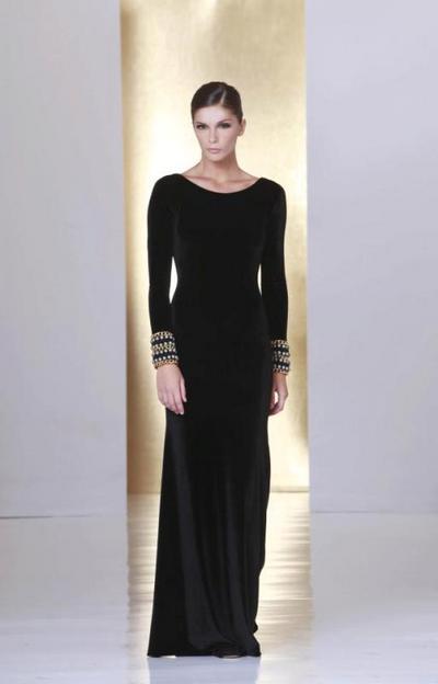 "Top 10 modele rochii negre ""made in Ro""pentru seara de Craciun"