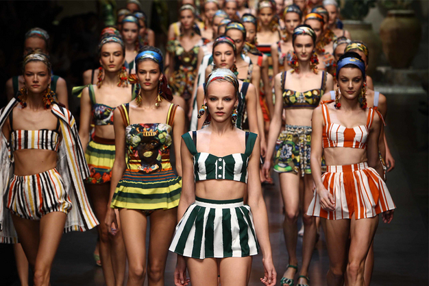 Dolce&Gabbana Campania de modele in stil sicilian pentru primăvară-vară 2013