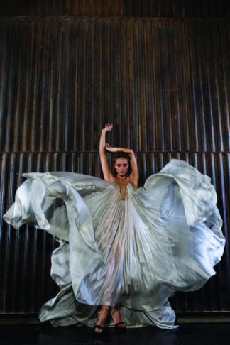 Cele mai frumoase modele de rochii vaporoase pentru sezonul primăvară-vară 2013 by Maria Lucia Hohan