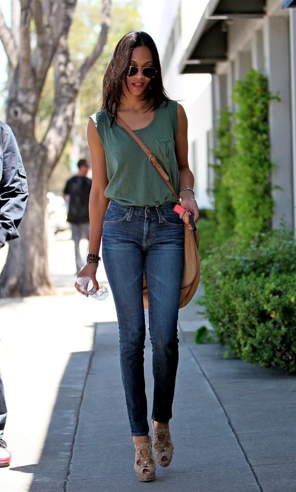 Vedetele de la Hollywood sunt înnebunite după aceste modele de jeans!