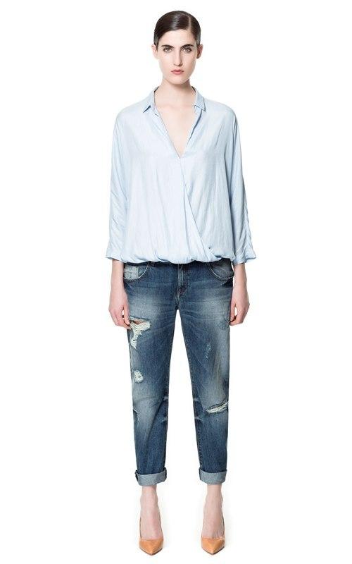 Look in tendinte: boyfriend jeans şi bluze modele  feminine