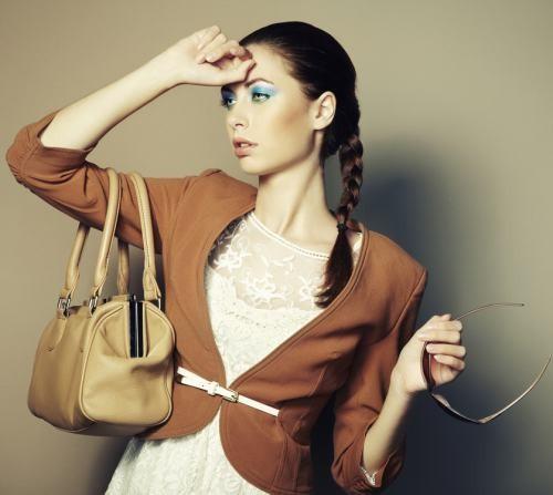 Moda 2013: ce genţi se poartă vara asta?!