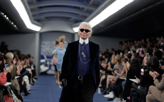 Karl Lagerfeld ridicat la rang de Papă al modei