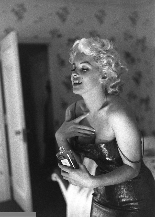 Campanie omagiu – Marilyn Monroe, noua imagine a parfumului Chanel No 5
