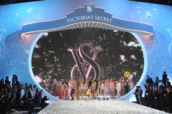 Victoria's Secret Fashion Show 2013 – poze de la prezentare pe BlogModele