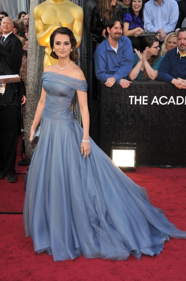 Style Icon – Penelope Cruz la 40 de ani