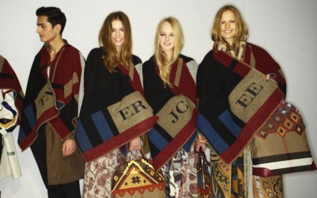 Patura-capa se anunta noua senzatie vestimentara pentru sezonul toamna-iarna!