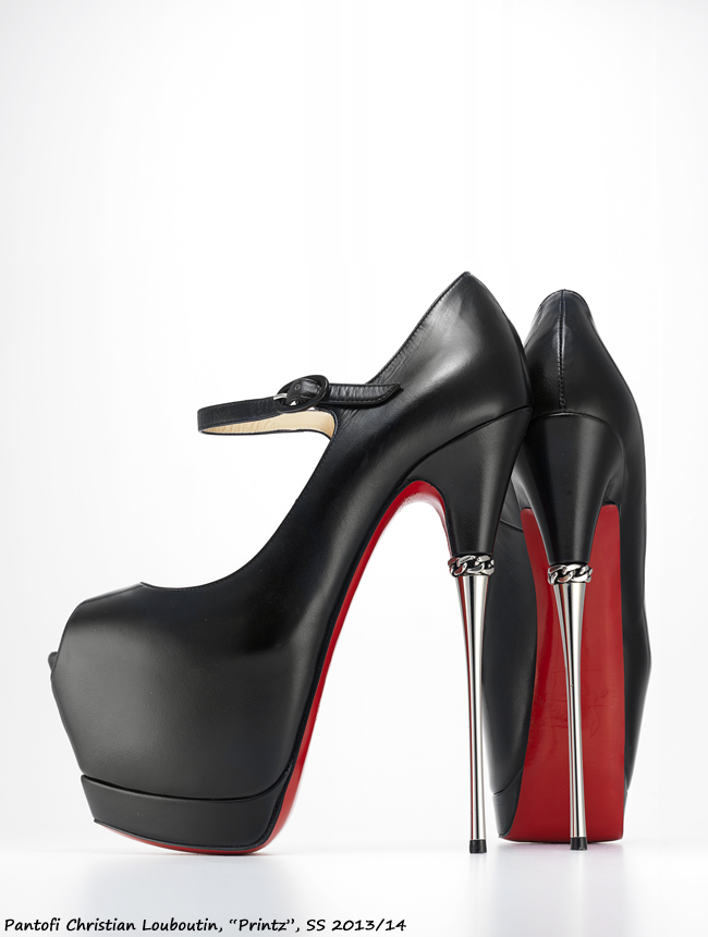 Expozitia 'Killer Heels: The Art of the High-Heeled Shoe'