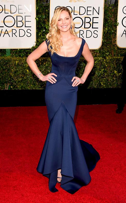Katherine Heigl superba cu rochia tip sirena de un albastru imperial!