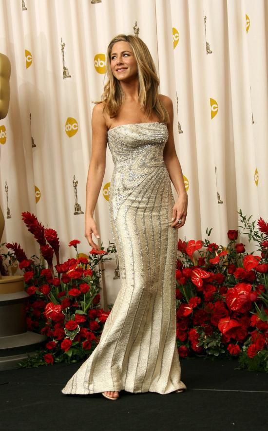 Jennifer Aniston-2009-rochie Valentino