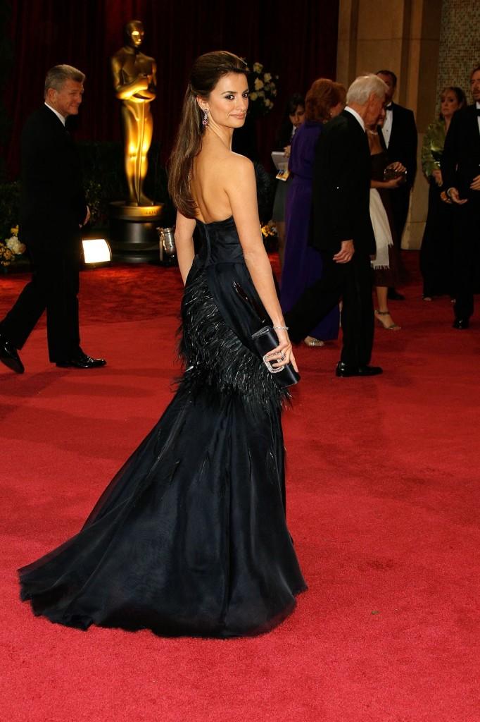 Penelope Cruz-2008-rochie Karl Lagerfeld