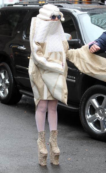 Lady-Gaga-zi-de-nastere-2014