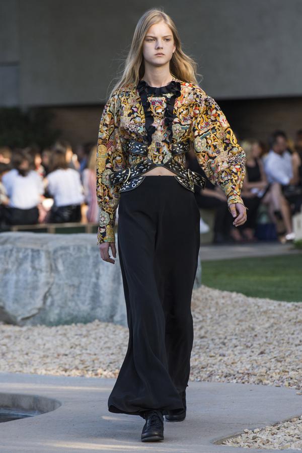Colecţia Louis Vuitton Resort 2016 în Palm Springs
