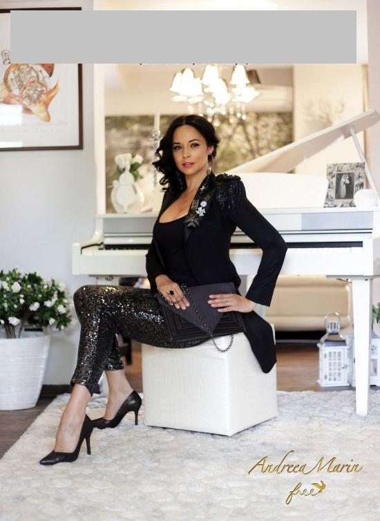 Andreea Marin lanseaza colectie de pantofi si genti
