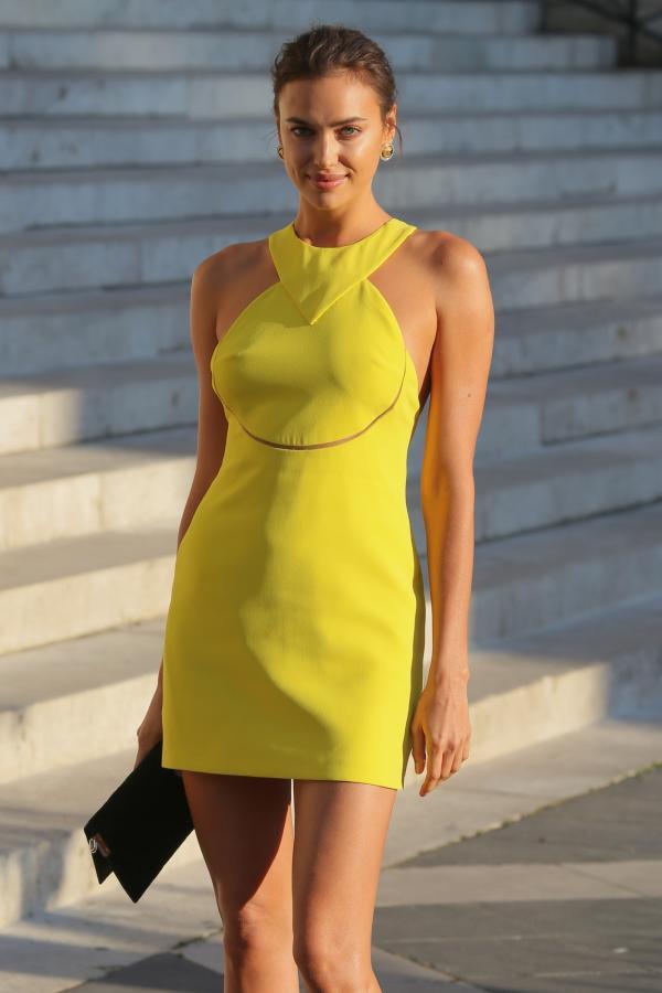 Rochii in culori varatice la Săptămâna Haute Couture de la Paris