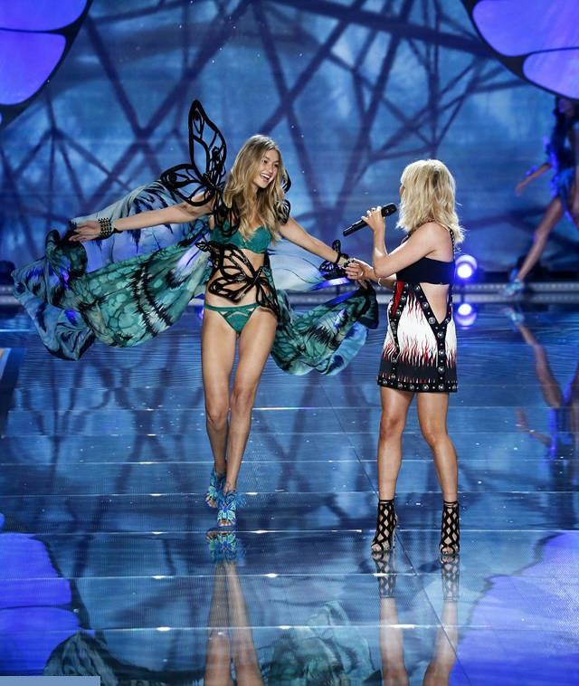Show-ul Victoria's Secret 2015 5