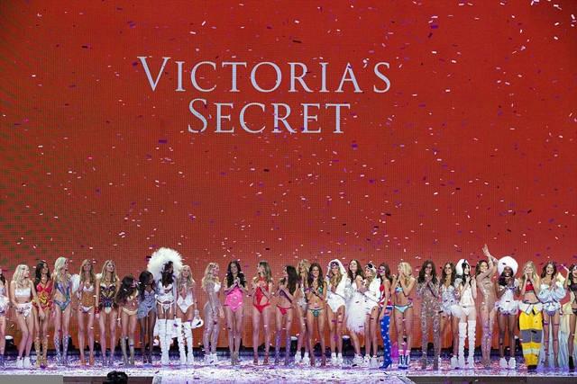 Show-ul Victoria's Secret 2015!