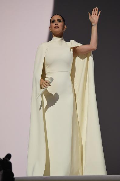 Cine poartă mai bine rochia-capă: Kim, Katy sau Gaga?