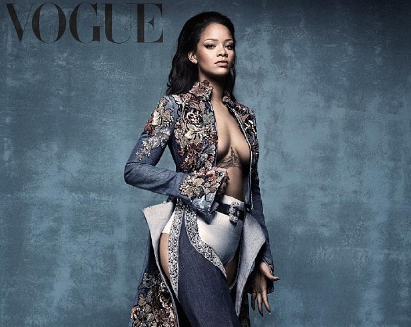 Colectie de pantofi creata de Rihanna si Manolo Blahnik