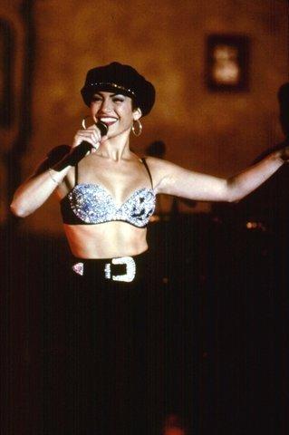 In filmul Selena, 1997