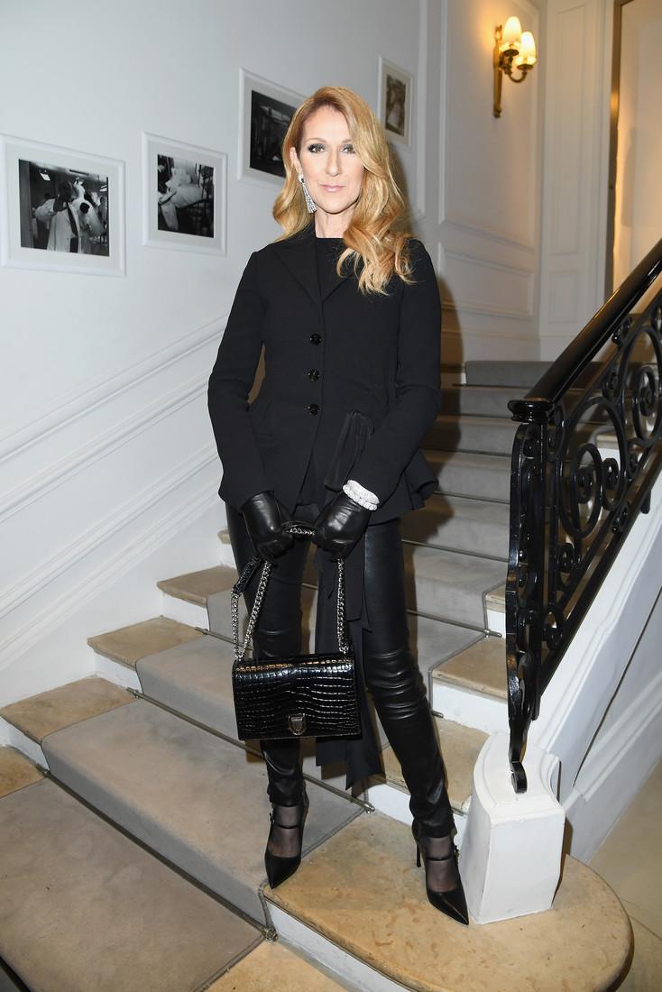 Celine Dion stilata la  Paris Fashion Week