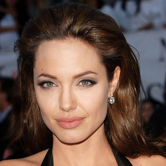 Angelina Jolie … in ultimii 30 de ani