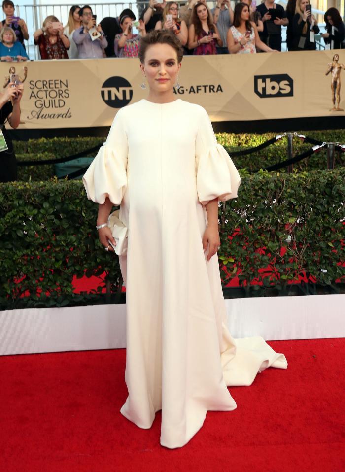 Natalie Portman- rochie Dior si bijuterii Tiffany&Co