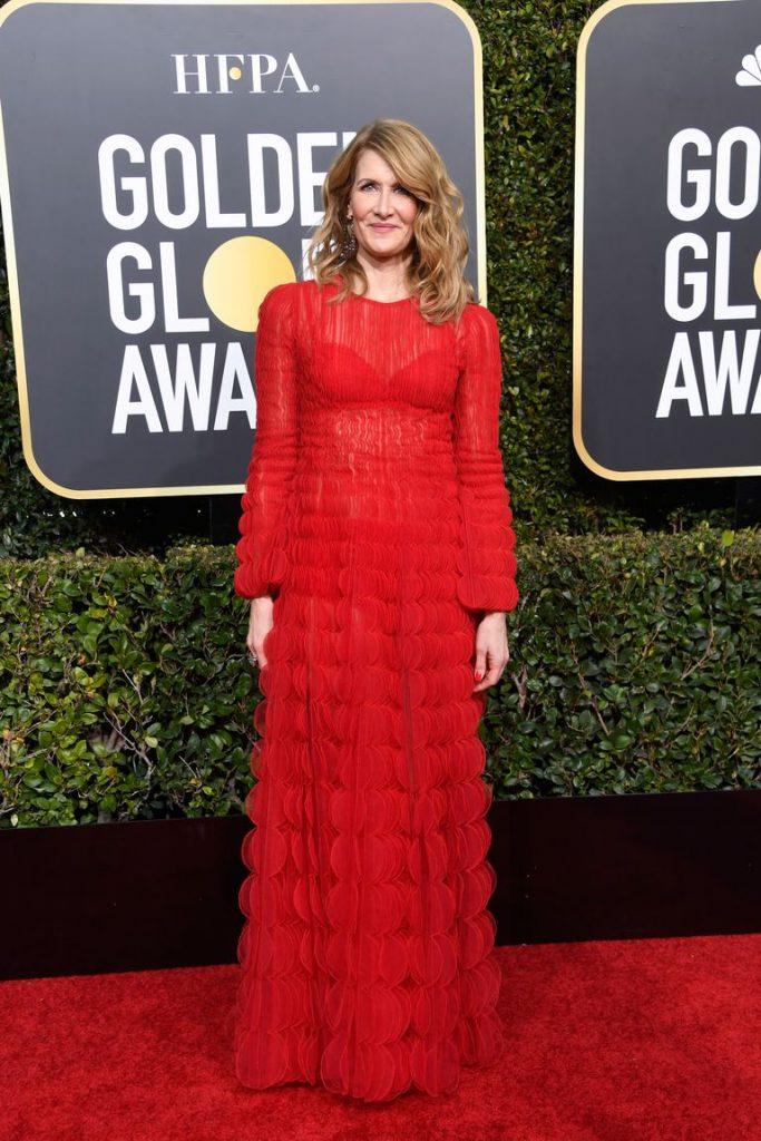 Laura Dern in rochie Valentino si bijuterii Lorraine Schwartz