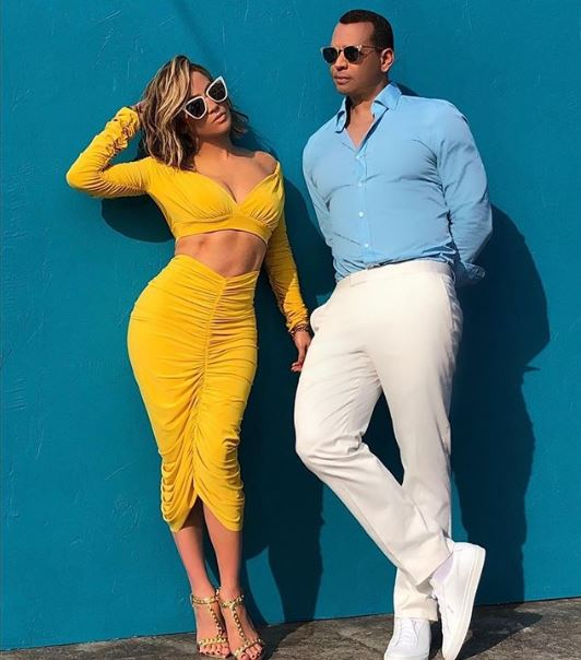 Jennifer Lopez si Alex Rodriguez in noua campanie pentru ochelari de soare Quay Australia