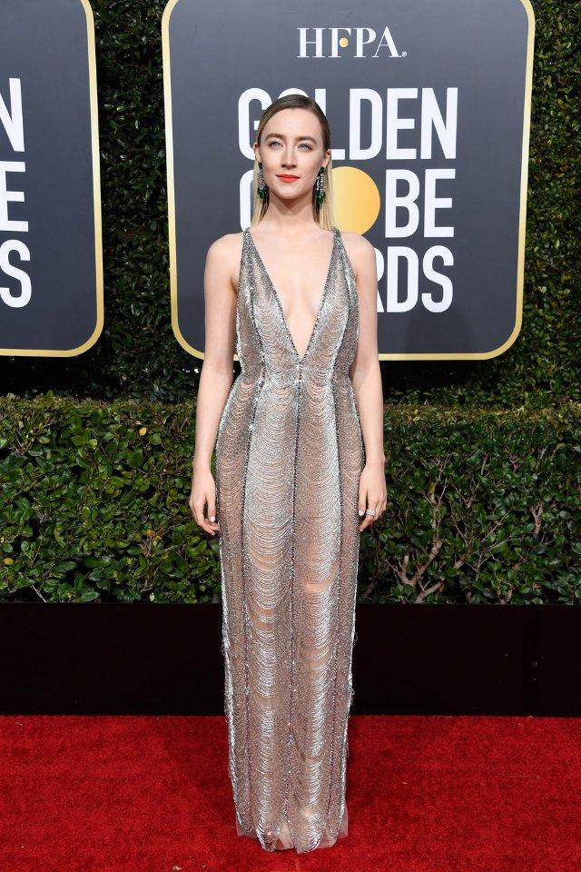 Saoirse Ronan (rochie Gucci, Globurile de Aur)