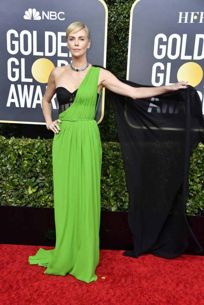 Charlize Theron (rochie Dior Haute Couture si bijuterii Tiffany & Co.)