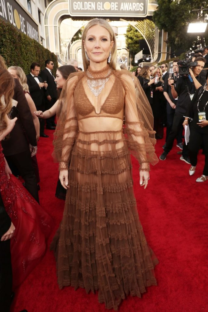 Gwyneth Paltrow (bijuterii Bvlgari si pantofi Christian Louboutin)