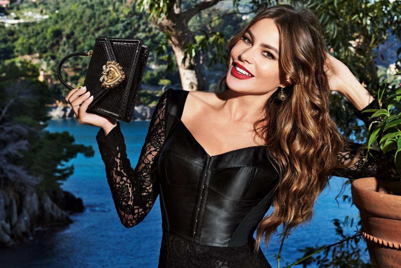 Sofia Vergara este imaginea Dolce & Gabbana
