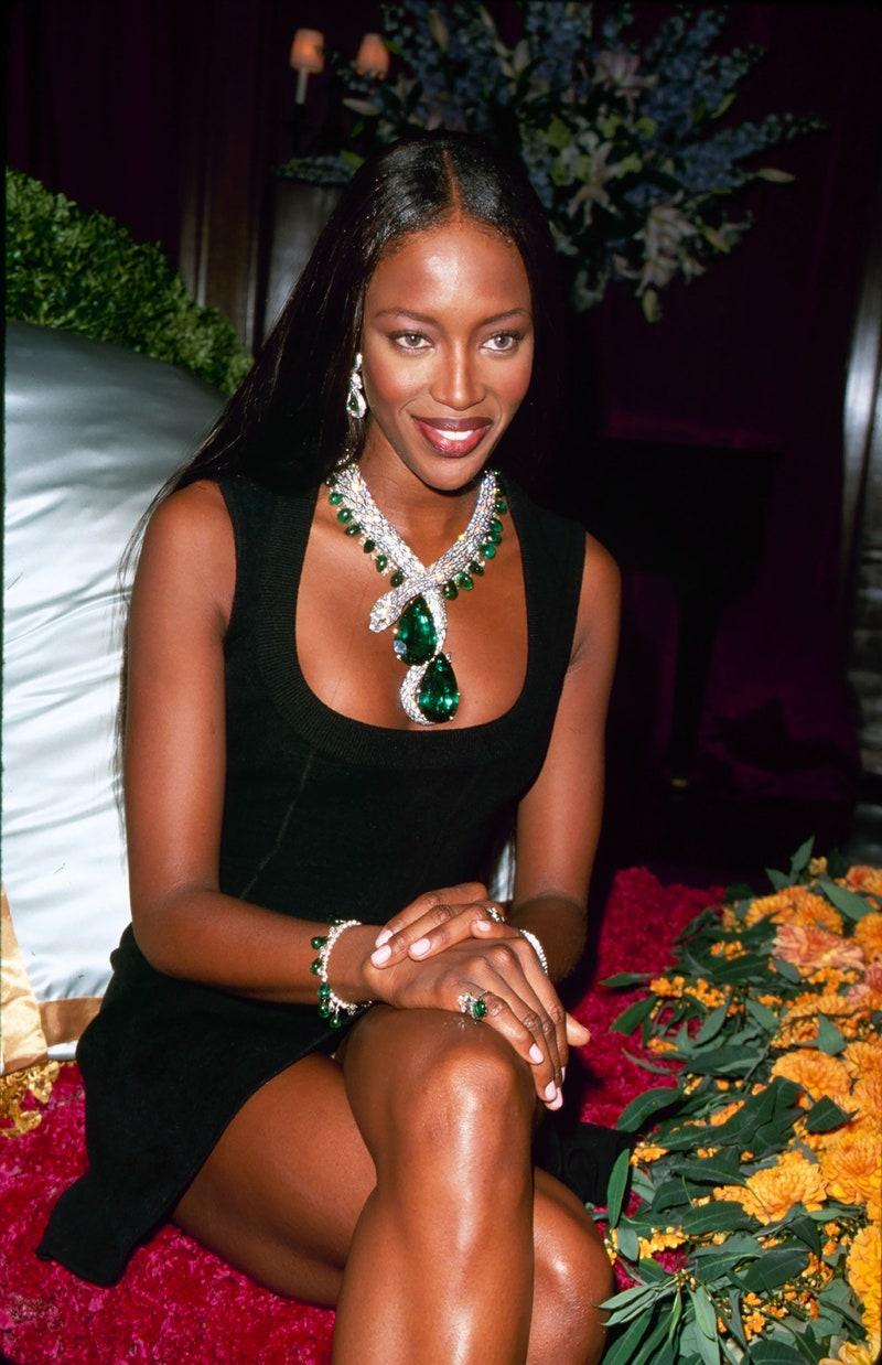 Muza fashion ce nu imbatraneste – Naomi Campbell